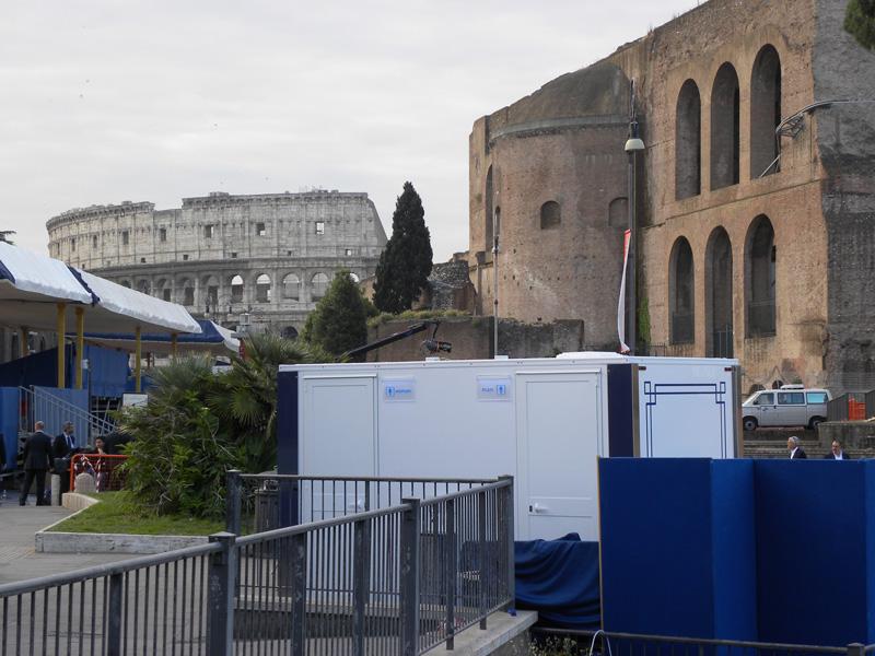 Roma noleggio bagni di lusso chimici per cerimonie - Noleggio bagni chimici roma ...